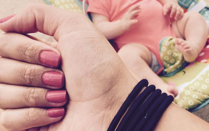 Il trucchetto dei cinque elastici: per essere una mamma felice