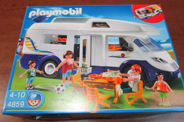 PLAYMOBILE CAMPER