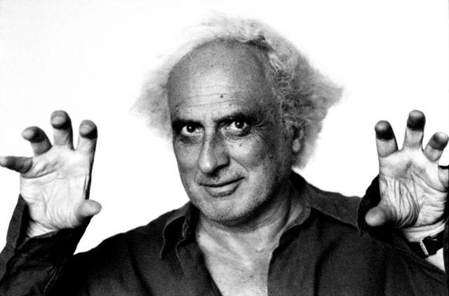 Il 12 agosto 1947 nasce Stefano Benni