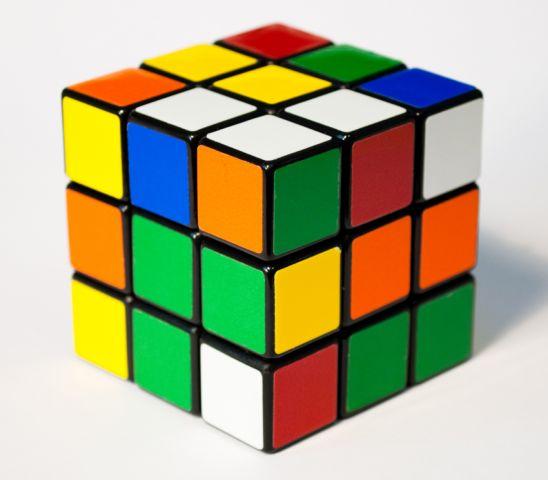 Il 13 luglio 1944 nasce Ernő Rubik