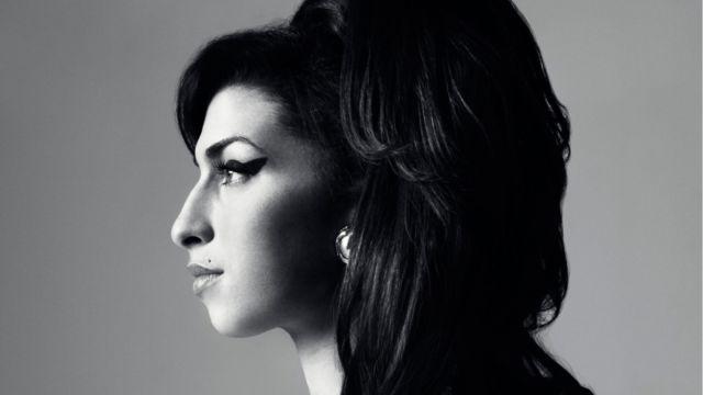 Il 14 settembre 1983 nasce Amy Winehouse