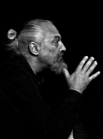 Il  16 luglio 1952 nasce Eugenio Finardi