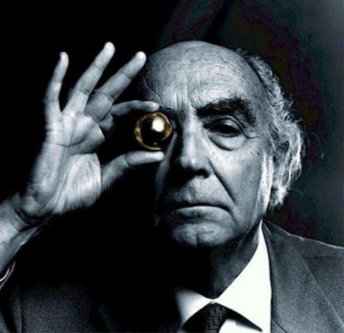 Il 16 novembre 1922 nasce José Saramago