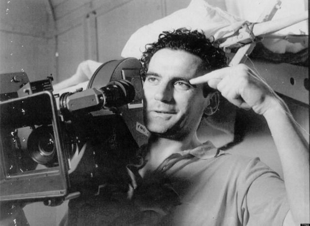 Il 19 febbraio 1953 nasce Massimo Troisi