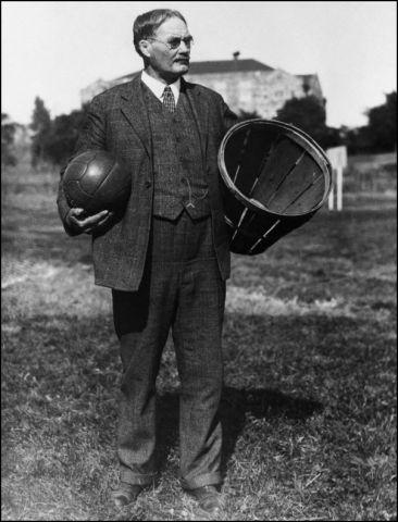 La prima partita di Basket