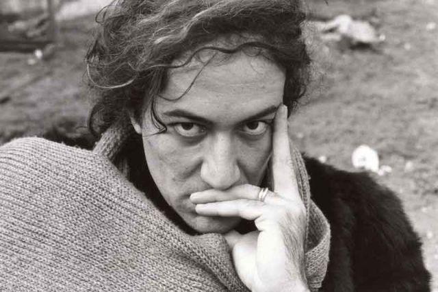 Il 22 aprile 1945 nasce Demetrio Stratos