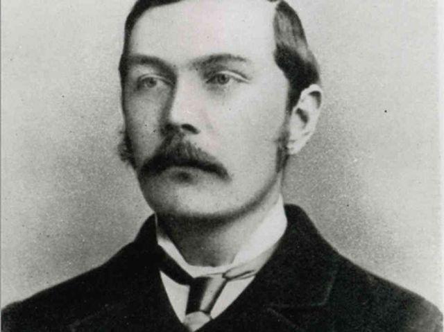 Il 22 maggio 1859 nasce Arthur Conan Doyle