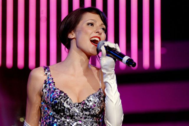 Il 23 febbraio 1983 nasce Simona Molinari