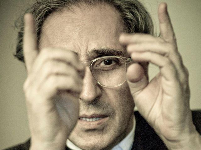 Il 23 marzo 1945 nasce Franco Battiato