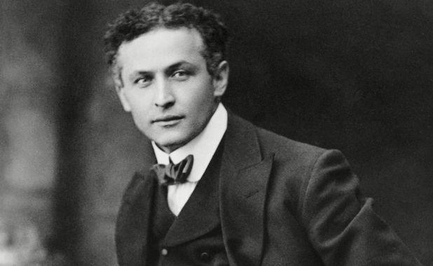 Il 24 marzo 1874 nasce Harry Houdini