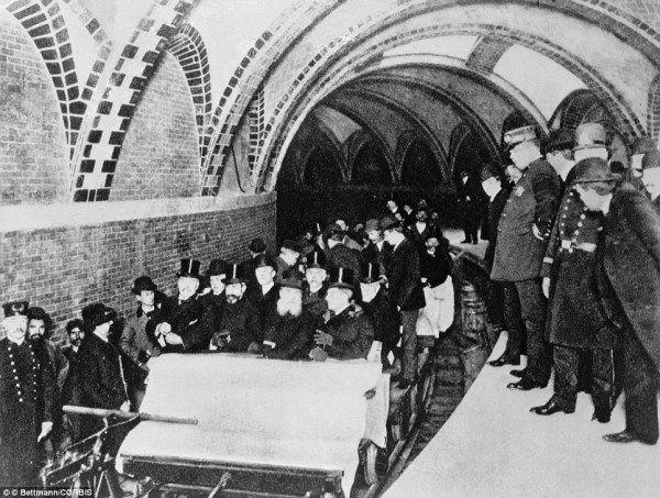 Inaugurata la metro di New York