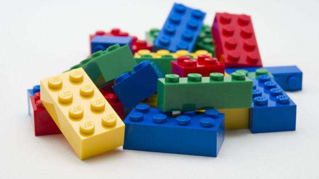 Nascono i Lego