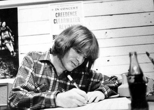 Il 28 maggio 1945 nasce John Fogerty