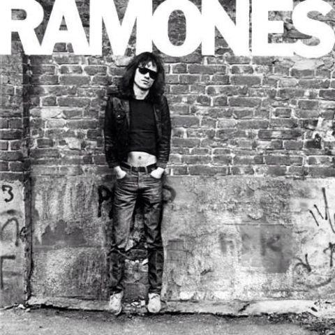 Il 29 gennaio 1952 nasce Tommy Ramone