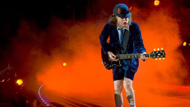 Il 31 marzo 1955 nasce Angus Young