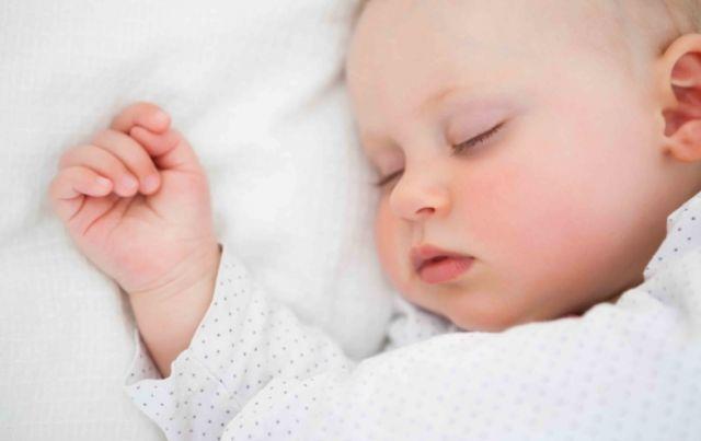 9 consigli per prevenire la morte in culla